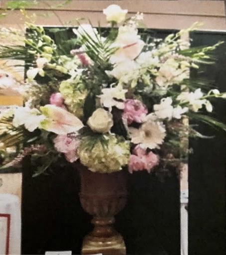 floral design 21 Monet Sandy Milledge